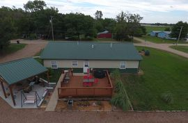 119 S Avenue A Sterling, KS 67579-2335,