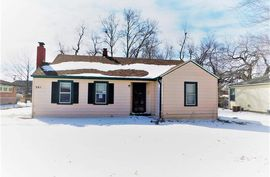 301 Curtis St Hutchinson, KS 67502,