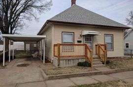 505 N Maple St Hutchinson, KS 67501,