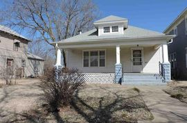Photo of 114 E 6th Ave Hutchinson, KS 67501