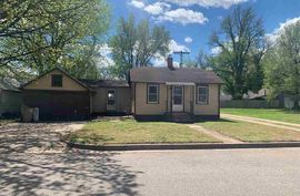 307 E 4th St Haven, KS 67543,