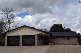 Photo of 1320 Parkview Drive Pratt, KS 67124