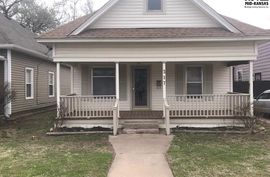 Photo of 317 W 11th Ave Hutchinson, KS 67501