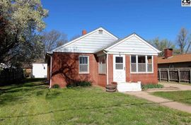 523 S Poplar St South Hutchinson, KS 67505,