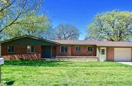 309 N Kansas Ave Haven, KS 67543,