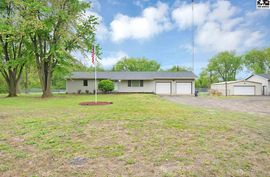 7915 N Weems Rd Hutchinson, KS 67502,