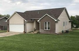 Photo of 415 W Greenwood Ave Little River, KS 67457