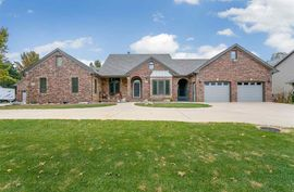 1610 Cottonwood Dr El Dorado, KS 67042,