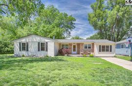 309 N 4th St Sterling, KS 67579,