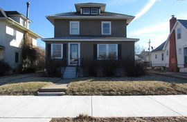 Photo of 1508 N Main St Hutchinson, KS 67501