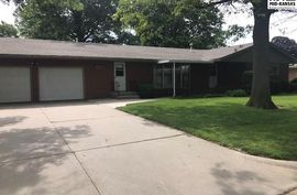 Photo of 820 N West St Buhler, KS 67522