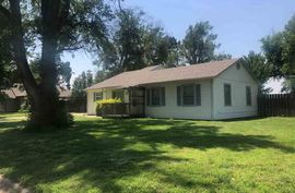 Photo of 305 N Hutchinson Ave Haven, KS 67543