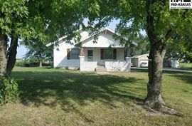 513 N Kansas Ave Canton, KS 67428,