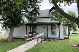 325 Harrison St Little River, KS 67457,