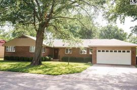 303 West St Halstead, KS 67056,