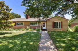 Photo of 10 Countryside Dr Hutchinson, KS 67502