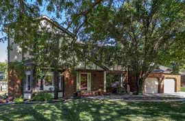 Photo of 2801 Tartan Trail Hutchinson, KS 67502