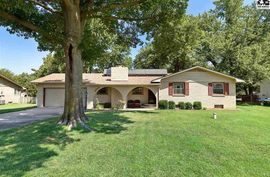 Photo of 2514 E 44th Ave Hutchinson, KS 67502