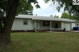 517 S Becker Ave Moundridge, KS 67107,