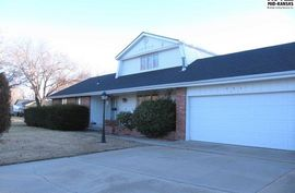 501 Adair Cir Hutchinson, KS 67502,