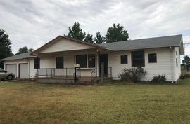 1112 W Hoover Ave Kingman, KS 67068,