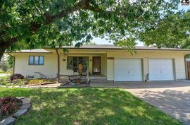 Photo of 330 William St Hesston, KS 67062