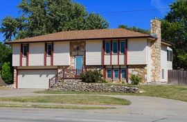 Photo of 1620 N Main St McPherson, KS 67460