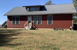 2219 5th Ave Marquette, KS 67464,