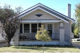 Photo of 1015 N Monroe St Hutchinson, KS 67501