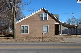 532 N Broadway Ave Sterling, KS 67579-1520,