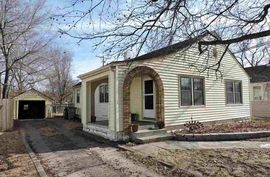 Photo of 1722 N Jefferson St Hutchinson, KS 67502