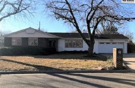 Photo of 3313 Carnegie Pl Hutchinson, KS 67502