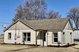 304 W 4th Ave Haven, KS 67543,
