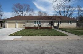 2402 Westminster Dr Hutchinson, KS 67502,