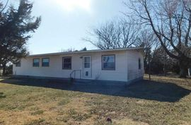 1021 26th Ave Canton, KS 67428,