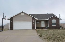 6 Lakeview Cir South Hutchinson, KS 67505,