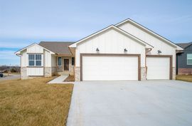 Photo of 1280 N Countrywalk Ct Rose Hill, KS 67133