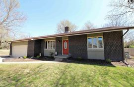 Photo of 3700 N Lakeview Rd Hutchinson, KS 67502
