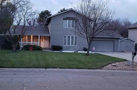 Photo of 1441 N High Dr McPherson, KS 67460