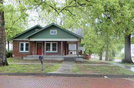 Photo of 702 N 4th Street Arkansas City, KS 67005