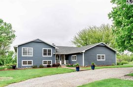 1420 Pondview Ln McPherson, KS 67460,