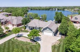2772 N North Shore Ct Wichita, KS 67205,