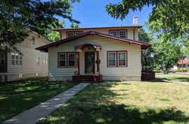 100 W 18th Ave Hutchinson, KS 67502,