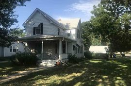 Photo of 502 N Elm St McPherson, KS 67460