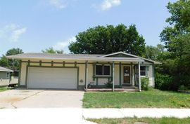 Photo of 1205 S Elm St McPherson, KS 67460