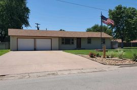303 N Thompson St Nickerson, KS 67561,