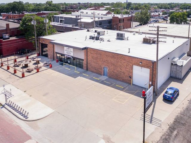Photo of 117 N Handley Wichita, KS 67203