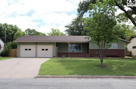 Photo of 720 N Wall St Buhler, KS 67522