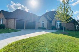 8474 E Deer Run St Bel Aire, KS 67226,
