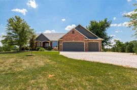 2119 W North Valley Rd Sedgwick, KS 67135,